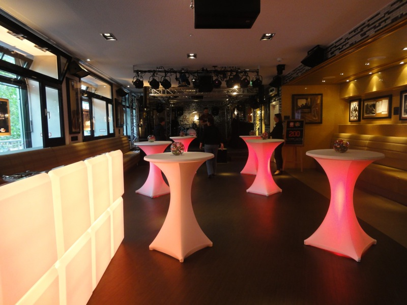 Dating cafe events berlin