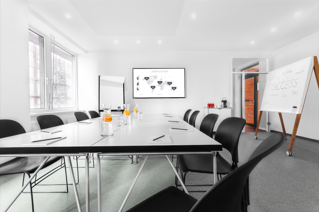 baze business center seminarlocation eventlocation fiylo. Black Bedroom Furniture Sets. Home Design Ideas