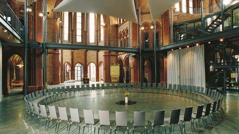 Heilig-Kreuz-Kirche -