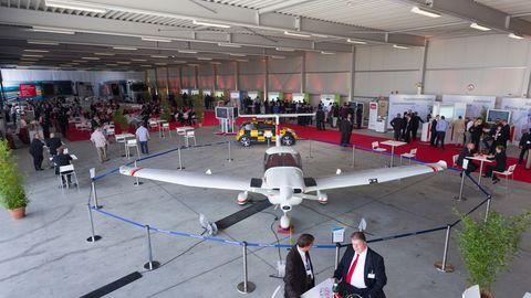 Airport Hannover - Flugzeughalle 14 - Bis 500 Personen