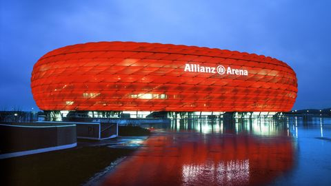 Allianz Arena - Über 1000 Personen