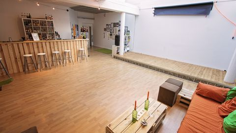 partyr ume f r eine party in frankfurt mieten. Black Bedroom Furniture Sets. Home Design Ideas