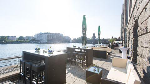 Capitol Yard Golf Lounge im Spreespeicher - Open Air Locations
