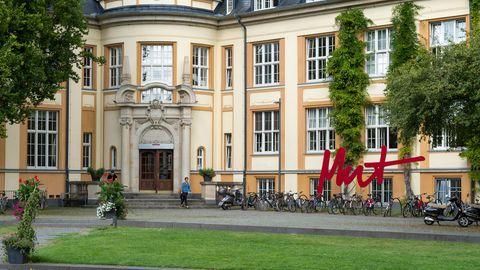 Bucerius Law School - Bis 100 Personen