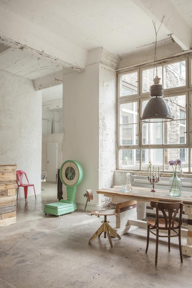 loft wohnung berlin wohnung mieten in berlin mitte friedrichshain kreuzberg loft. Black Bedroom Furniture Sets. Home Design Ideas