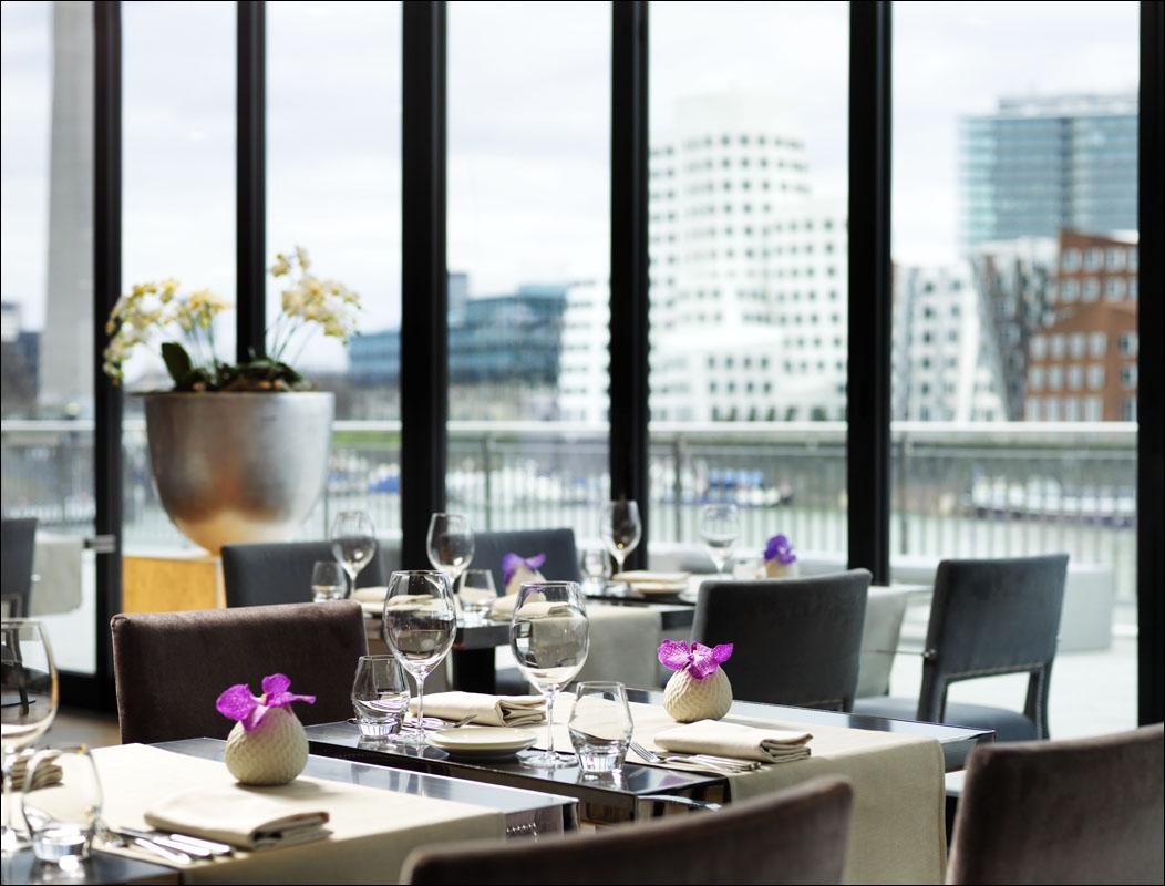 ᐅ Essen & Trinken in den Restaurants von Düsseldorf