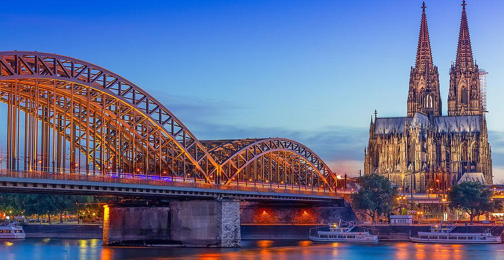 Locations in Köln - Blick über den Rhein